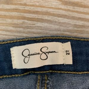Jessica Simpson cropped jeans